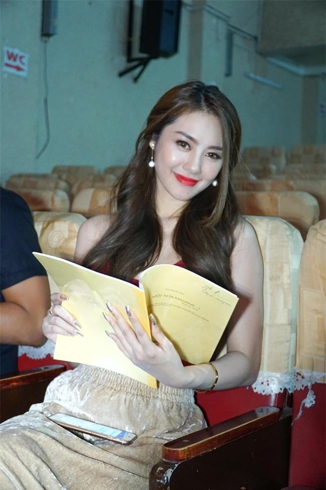 Linh Chi: 'Lam Vinh Hai ung ho toi het minh' hinh anh 1