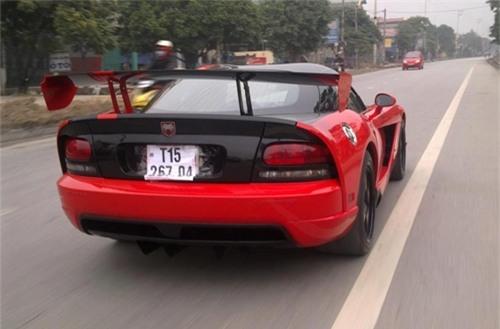 Dodge Viper ACR độc nhất Việt Nam tái xuất trên đường làng - Ảnh 2.