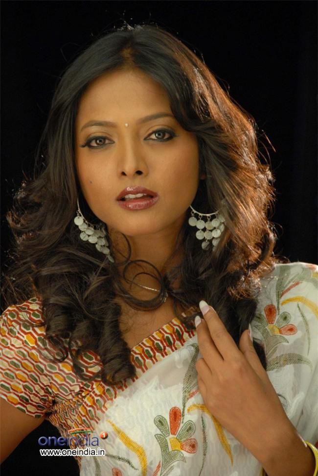 Đã có nhiều nữ diễn viên xinh đẹp ở Ấn Độ từng bị quấy rối tình dục - Ảnh 3.