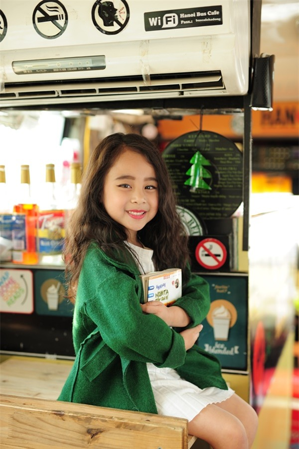 Gặp gỡ mẫu nhí Hà Thành sở hữu gương mặt xinh như Kim Tae Hee - Ảnh 16.