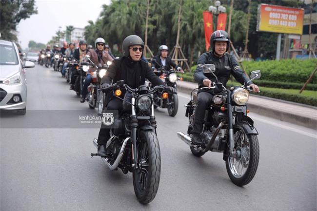 Một lần nữa, MC Anh Tuấn lại chạy chiếc xe của Trần Lập, mời anh về cùng anh em trong liveshow ý nghĩa - Ảnh 12.