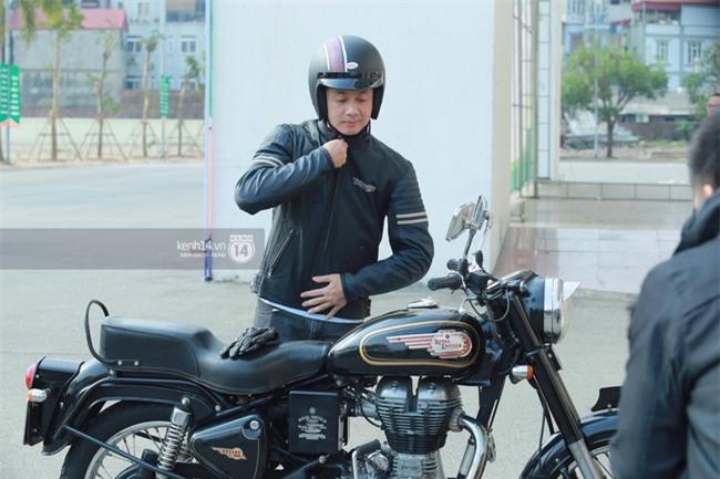 Một lần nữa, MC Anh Tuấn lại chạy chiếc xe của Trần Lập, mời anh về cùng anh em trong liveshow ý nghĩa - Ảnh 2.