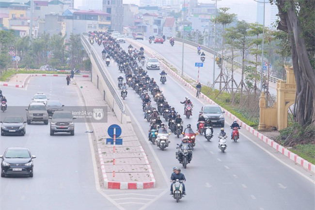 Một lần nữa, MC Anh Tuấn lại chạy chiếc xe của Trần Lập, mời anh về cùng anh em trong liveshow ý nghĩa - Ảnh 8.