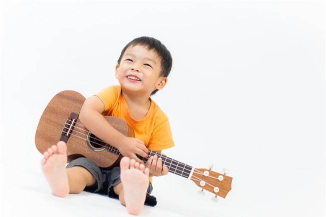 4 lầm tưởng về phát triển tư duy cho trẻ bố mẹ cần bỏ ngay - Ảnh 2.