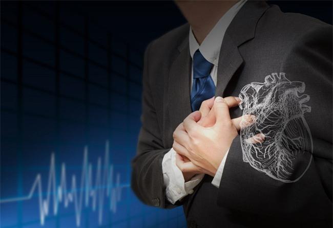 Dấu hiệu bạn phải biết để ứng phó với cơn đau tim sắp xảy đến - Ảnh 2.