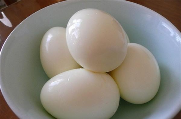 Người bình thường nên ăn 4 quả trứng 1 tuần.