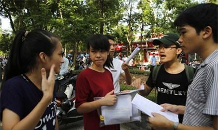 Thi THPT Quốc gia 2017: Lo coi thi lỏng, chặt khác nhau - 1
