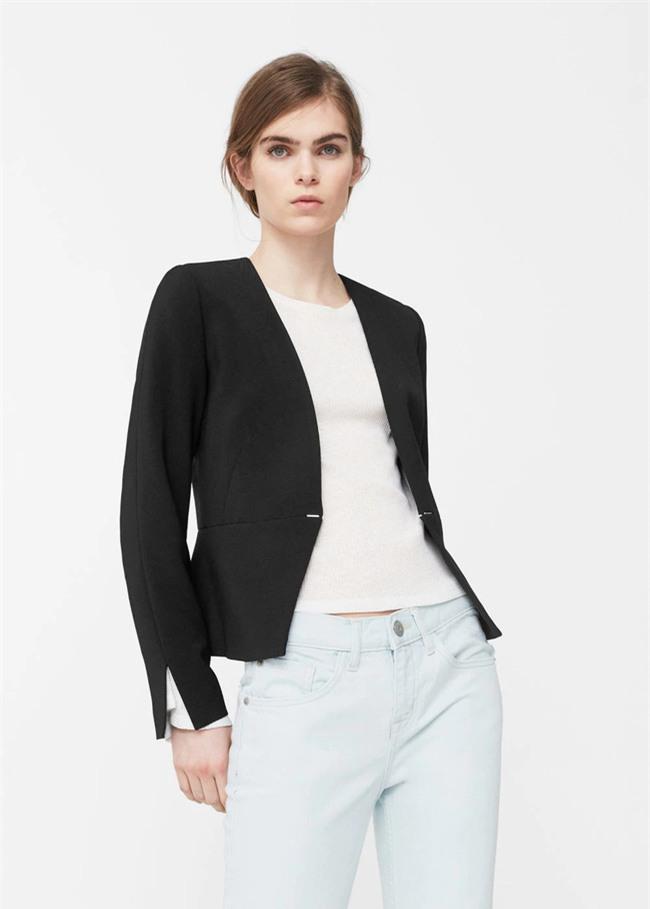 Đổi gió cho trang phục công sở hàng ngày với cặp đôi trời sinh: Quần jeans và áo blazers - Ảnh 1.