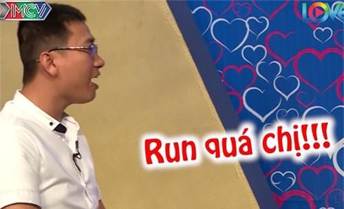 """chang thuy thu doi cuong hon ngay khi duoc mai moi co gai xinh dep o """"ban muon hen ho"""" - 11"""