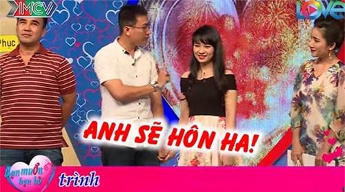 """chang thuy thu doi cuong hon ngay khi duoc mai moi co gai xinh dep o """"ban muon hen ho"""" - 12"""