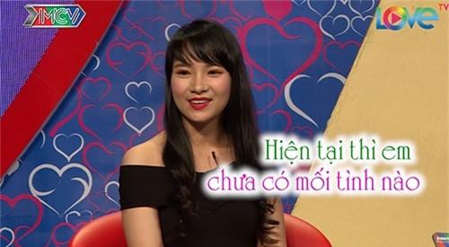 """chang thuy thu doi cuong hon ngay khi duoc mai moi co gai xinh dep o """"ban muon hen ho"""" - 3"""