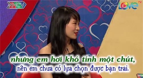 """chang thuy thu doi cuong hon ngay khi duoc mai moi co gai xinh dep o """"ban muon hen ho"""" - 4"""