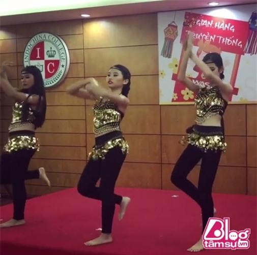 phuong-my-chi-nhay-goi-cam-blogtamsuvn6
