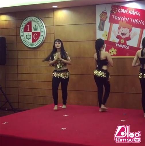 phuong-my-chi-nhay-goi-cam-blogtamsuvn7