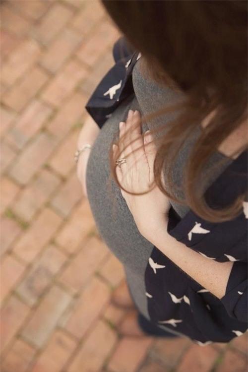 Bạn trai lỡ ngủ với người khác làm có thai, cô gái có tâm lên mạng hỏi cách... giải quyết - Ảnh 2.
