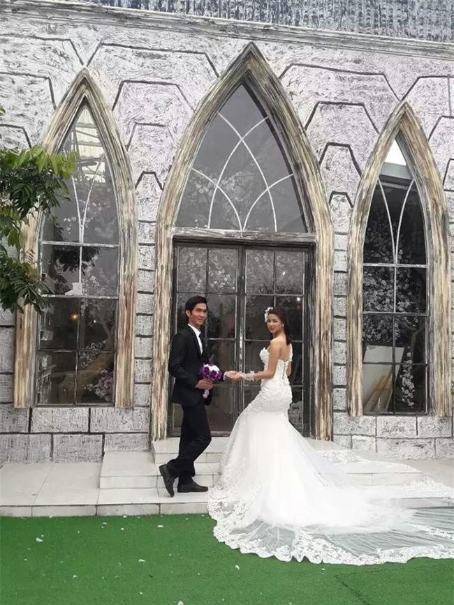 Rung động trước bức ảnh cô dâu khuyết tật phúc hậu, xinh xắn trong ngày cưới - Ảnh 6.