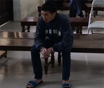 Bị cáo Lô Minh Huyên tại phiên tòa