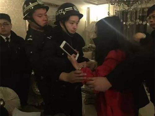 """tq: choang voi gia san kech xu cua """"hot girl quyt no"""" hinh anh 5"""