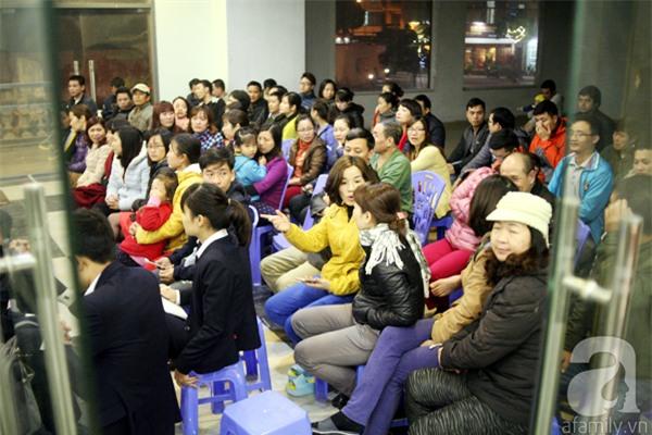 Hà Nội: Bị cắt nước 8 ngày không báo trước, cư dân chung cư khốn đốn vì không có cả nước dội bồn cầu - Ảnh 15.