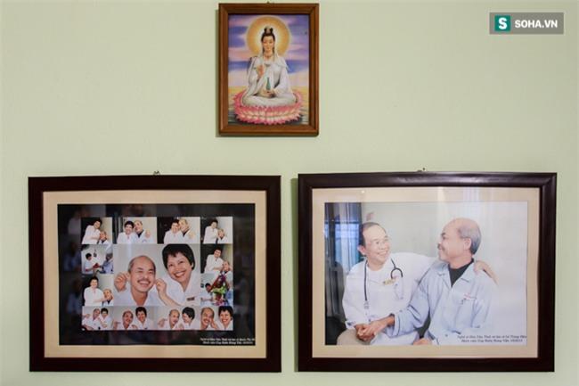 Vợ cố nghệ sĩ Hán Văn Tình bán nước ép trang trải cuộc sống - Ảnh 3.