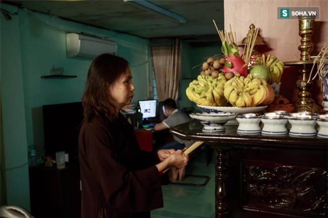 Vợ cố nghệ sĩ Hán Văn Tình bán nước ép trang trải cuộc sống - Ảnh 8.