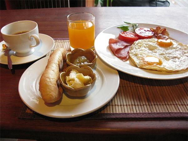 chi phí Hà Nội, chi phí bữa ăn sáng, ăn sáng Hà Nội