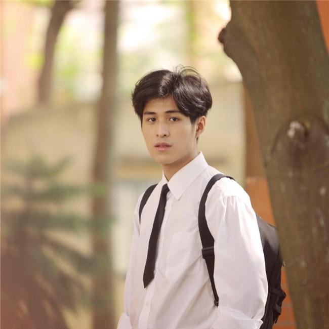 Chang trai Viet co biet danh 'Nam than hoc duong' hinh anh 5