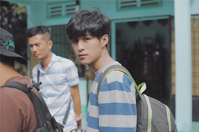 Chang trai Viet co biet danh 'Nam than hoc duong' hinh anh 6