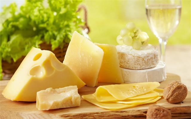 5 bài thuốc làm trắng răng hiệu quả từ thực phẩm - Ảnh 4.
