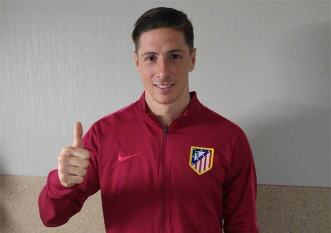 NÓNG: Những hình ảnh đầu tiên của Torres sau chấn thương - Ảnh 1.