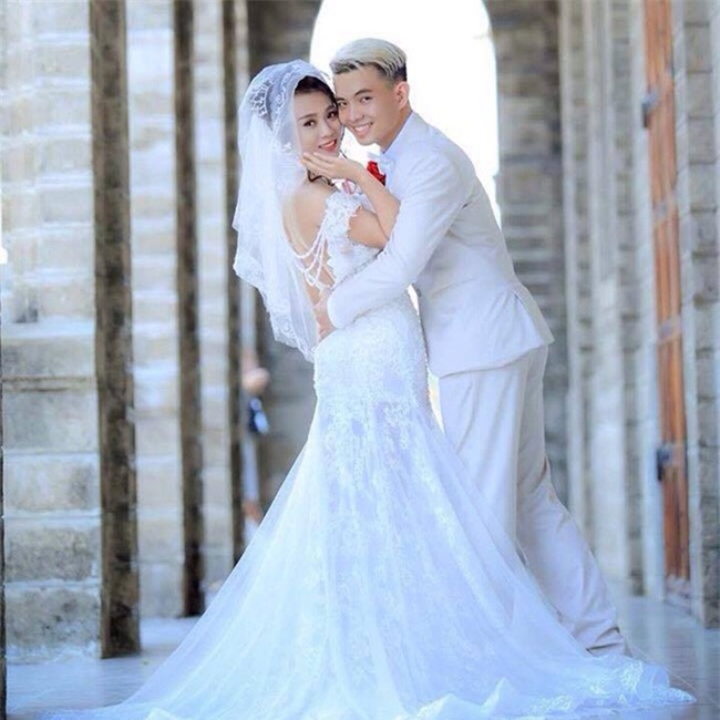 Không thể nghe-nói, nhưng cặp cô dâu chú rể này vẫn thật rạng rỡ, hạnh phúc trong ngày cưới... - Ảnh 3.