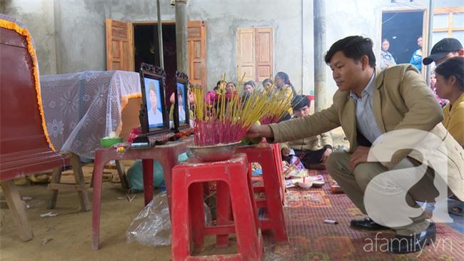 Quảng Trị: Ba học sinh rủ nhau ra suối bắt cá, 2 em tử vong, 1 em cấp cứu vì ăn trứng cóc - Ảnh 2.