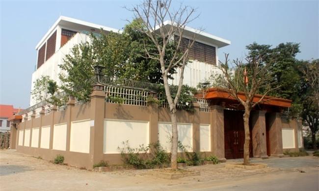 Căn biệt thự 3 mặt tiền tại khu đô thị Bình Minh, TP.Thanh Hóa của bà Trần Vũ Quỳnh Anh /// Ảnh: Thái Sơn