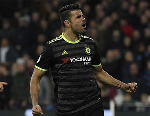 Costa kết liễu đối thủ