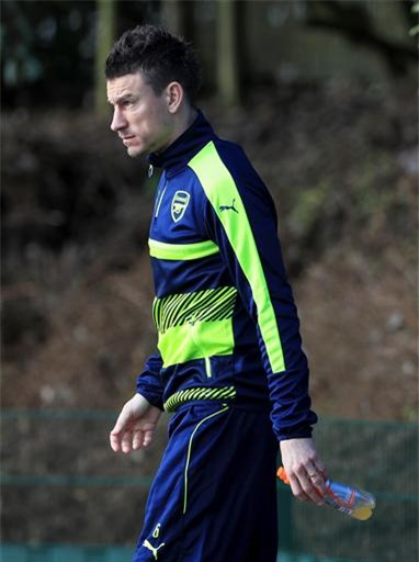 Trung vệ Koscielny đã hoàn toàn bình phục chấn thương, anh đã thi đấu ở trận gặp Liverpool cuối tuần qua