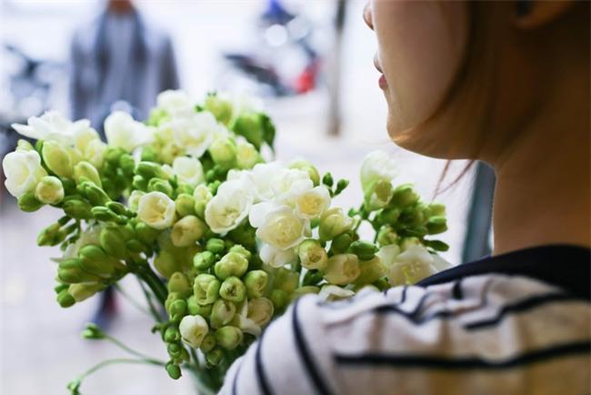 Ngắm loạt hoa nhập khẩu độc, đẹp khiến quý ông không tiếc tiền chi hẳn trăm triệu tặng vợ dịp 8/3 - Ảnh 23.