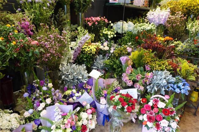 Ngắm loạt hoa nhập khẩu độc, đẹp khiến quý ông không tiếc tiền chi hẳn trăm triệu tặng vợ dịp 8/3 - Ảnh 3.