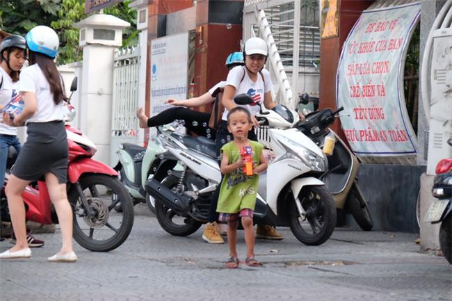 Mẹ Linh - nhóc Đạt: từ hai mẹ con nhặt ve chai tới nhân vật truyền cảm hứng cho hàng triệu người Việt - Ảnh 7.