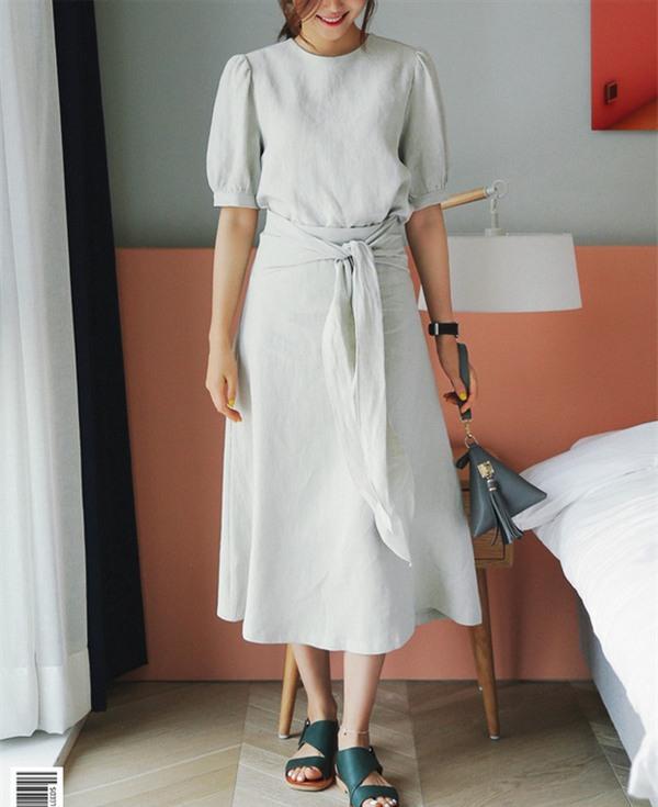 Gợi ý mix đồ đẹp đủ mọi đường với 5 thiết kế chân váy midi quen thuộc - Ảnh 18.