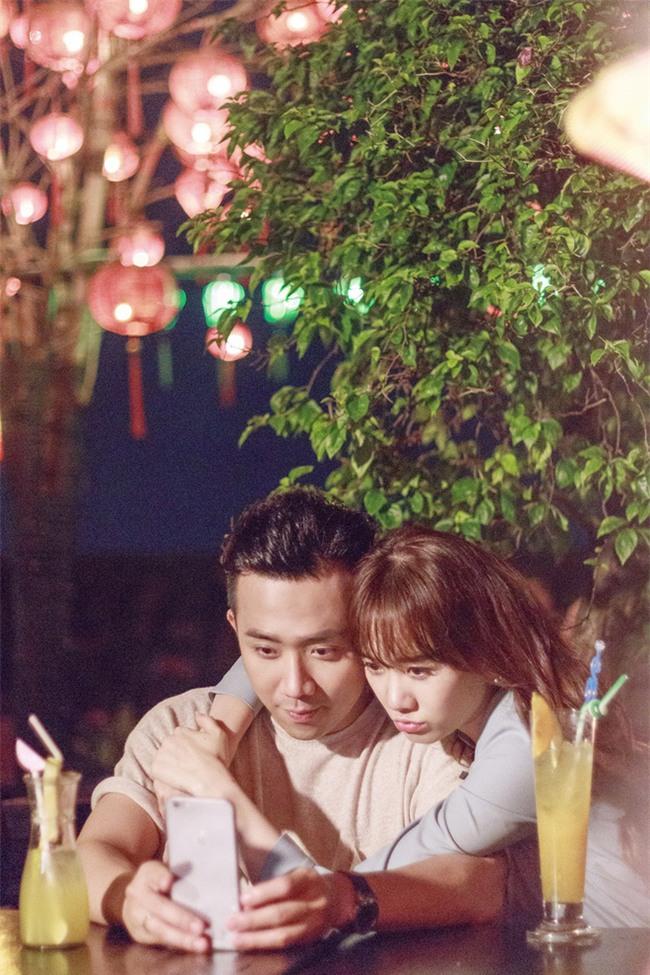 Món quà kỉ niệm ngọt ngào sau ngày cưới của Trấn Thành - Hari Won - Ảnh 1.
