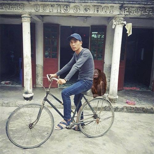 """cai ket """"vui khong tuong"""" cua chang trai mo mot lan duoc deo ngoc trinh - 12"""