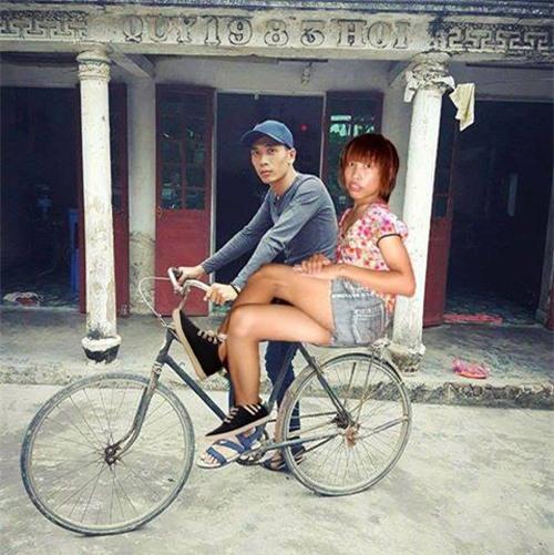 """cai ket """"vui khong tuong"""" cua chang trai mo mot lan duoc deo ngoc trinh - 6"""