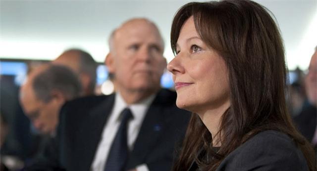 CEO Mary Barra của GM đã hai năm liên tiếp (2015-2016) đứng đầu danh sách Những người phụ nữ quyền lực nhất thế giới do tạp chí Fortune tổng hợp