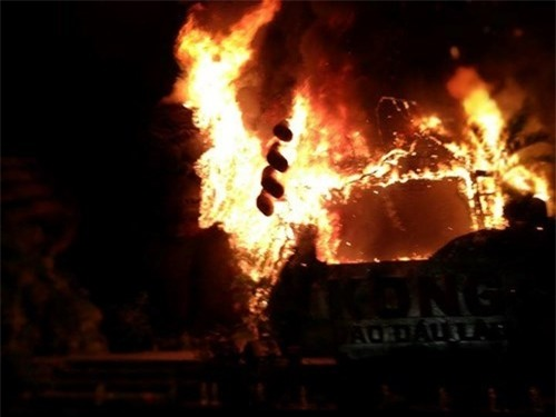 Nguyên nhân 'bà hỏa' thiêu rụi sân khấu 1 tỷ ngày ra mắt 'Kong: Skull Island'  ảnh 3