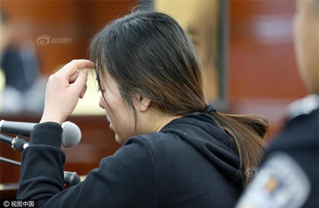 Nhờ bạn tốt tiêm chất làm căng da mặt, cô gái trẻ bị mù luôn mắt trái - Ảnh 3.