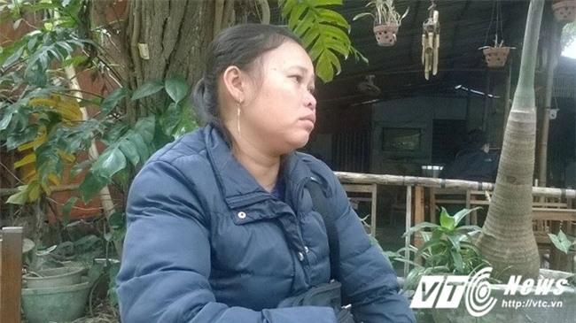 Mẹ rong ruổi khắp nơi tìm con trai 14 tuổi mất tích bí ẩn khi đi bán vé số - Ảnh 3.