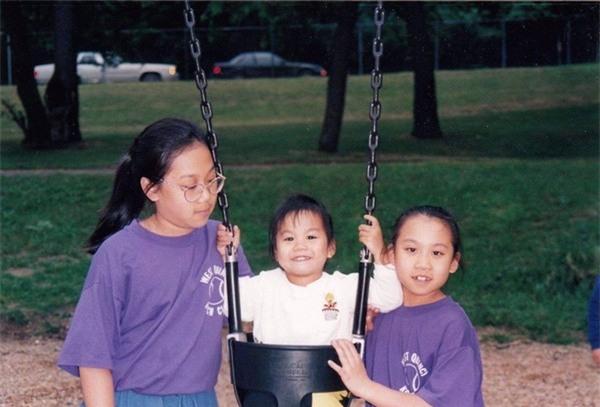 Priscilla Chan cùng 2 em gái của mình