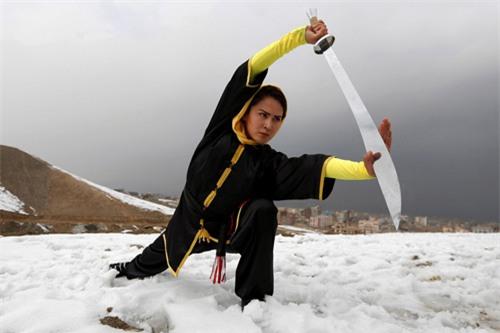 """Ẩn mình ở """"Tuyệt tình cốc"""", mỹ nữ luyện kung-fu - 3"""