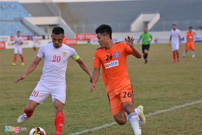Công Vinh lại thưởng vượt khung khi TPHCM xuất sắc cầm chân Đà Nẵng - Ảnh 1.