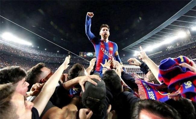 Barca nhan tin vui tu Messi sau chien tich nguoc dong hinh anh 1